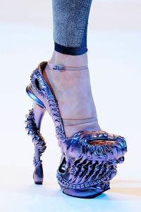 purple-alexander-mcqueen-shoes_400-200x300